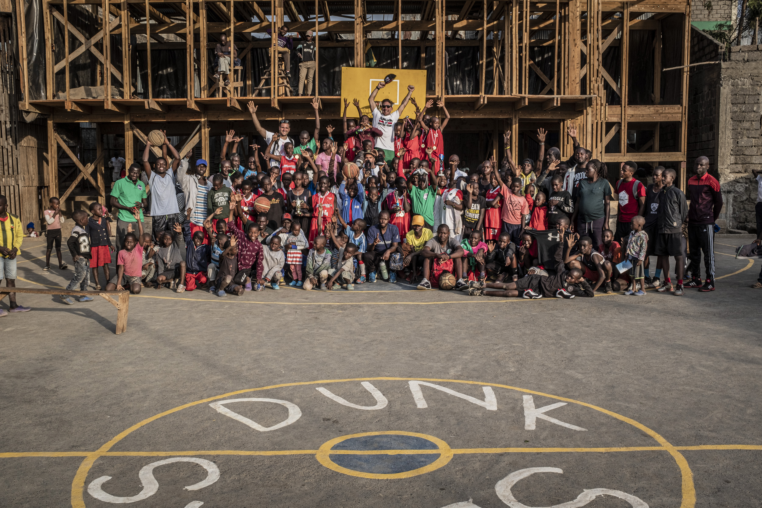 """SCORE FOR SCHOLARSHIP""- Partita la raccolta fondi di Slums Dunk su Wishraiser"